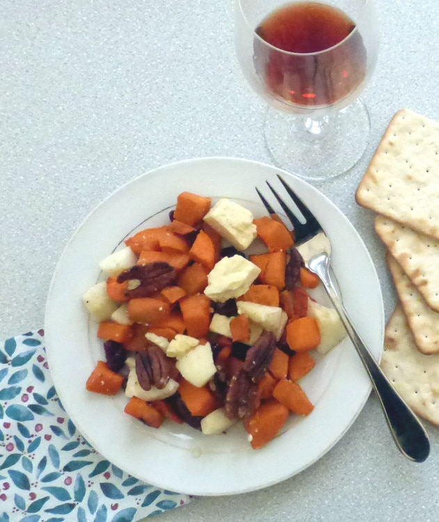 sweet potato salad with crackers, port and Christmas serviette
