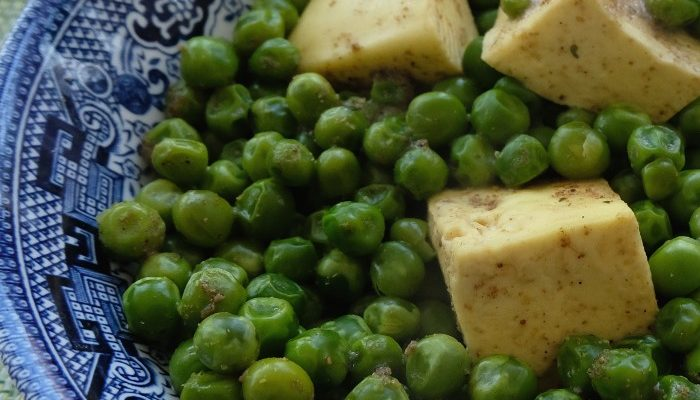 William's Kid Friendly Peas and Paneer